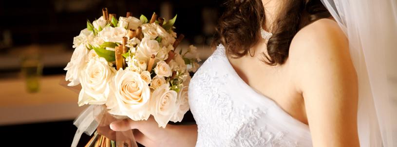 Traditional wedding dress versus Modern wedding dress