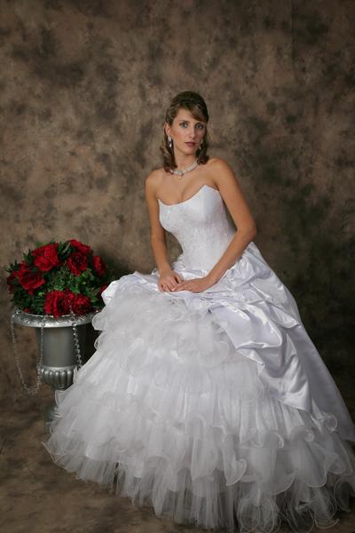Bella's Couture Style No. 1024