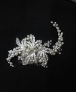 T006-Pearls Crystal Hair Clip
