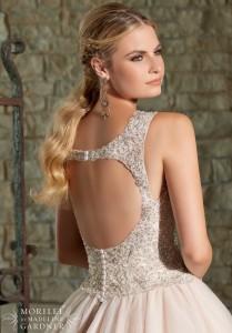 Key Hole low back wedding dress