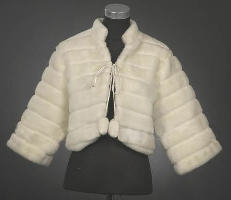 C1003-Fur Cape with Sleeves